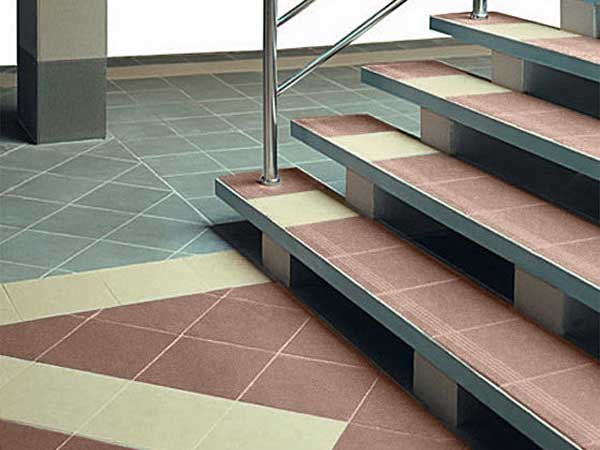 монтаж лестницы под бетон