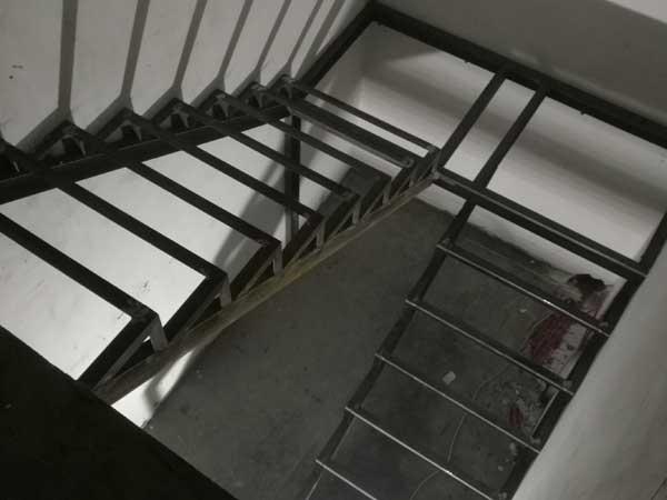 каркас лестницы на металлкаркасе